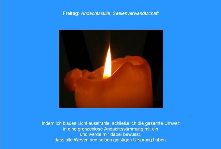 Blau-Meditation mit Kerzenlicht