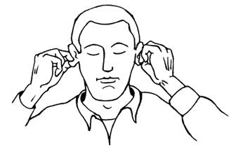 Entspannung im Büro: Männerfigur - Hände kneten die Ohrläppchen