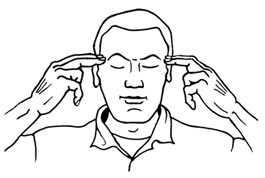 Entspannung im Büro: Schläfen aktivieren - Zeichnung mit Männerkopf und Händen, die die Schläfen aktivieren.