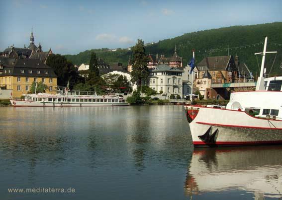 Schiffsanlegestelle in Traben-Trabach an der Mosel