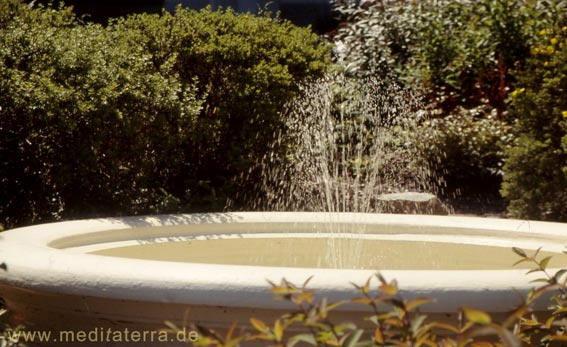 Runder Springbrunnen