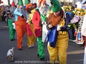 Zwerke mit Hund, Karneval in Bad Honnef am Rhein