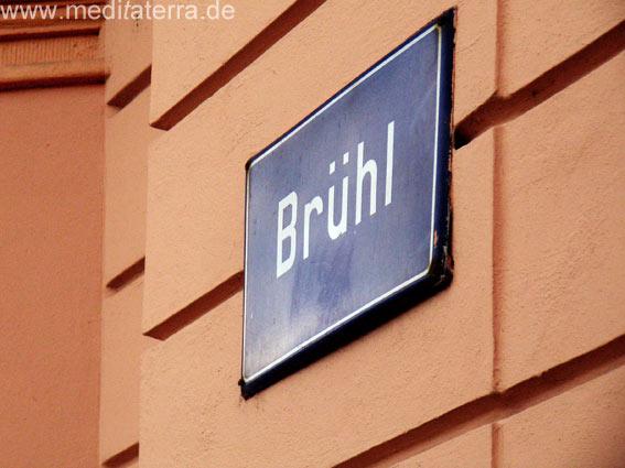 Straßenschild in Leipzig am Brühl - Ecke Katharinenstraße