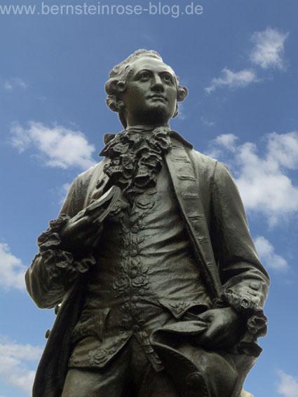 Goethe-Denkmal am Naschmarkt in Leipzig