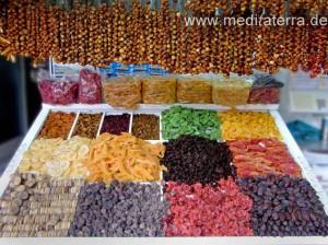 getrocknete Früchte - Marktstand