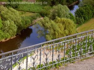 Dornburger Schlösser - Blick auf die Saale im Tal