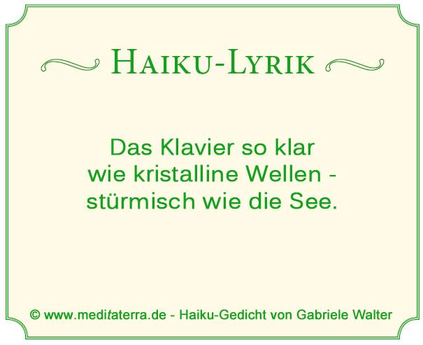 Haiku-Gedicht von Gabriele Walter - Vergleich von Klaviermusik mit Naturtönen, Wellen und Seesturm