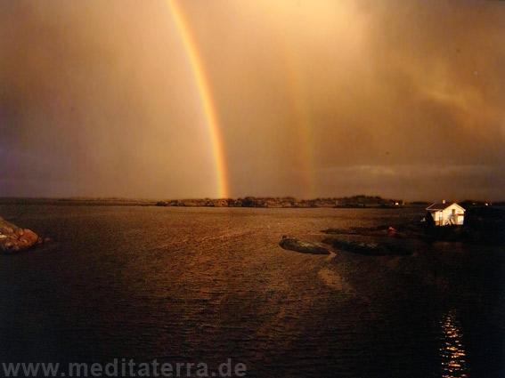 Regenbogen an Norwegens Südküste