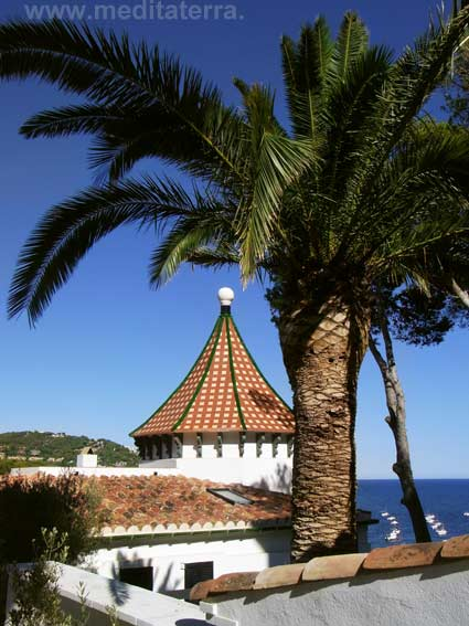 Palmen, Mosaike und Meeresblau - Wohnen am Mittelmeer