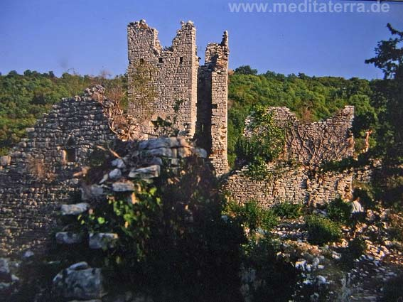 Burgruine Dvigrad auf der Halbinsel Istrien - Kroatien