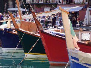 Malerische Fischerboote in Portofino