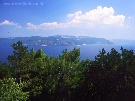 Von Istrien zur Insel Cres: Nur eine halbe Stunde mit der Autofähre entfernt