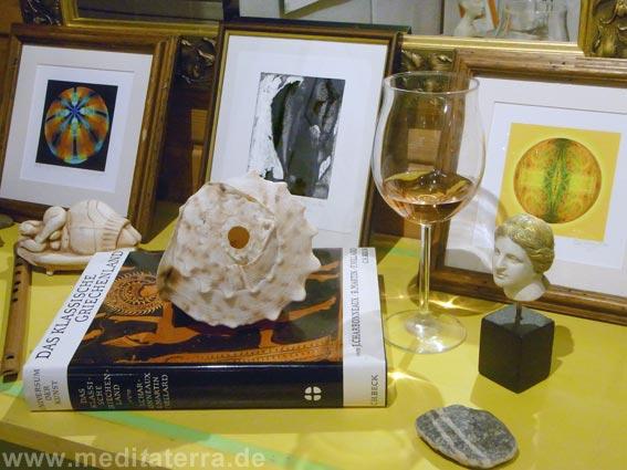 Kunstbilder mit Weinglas und Muschel