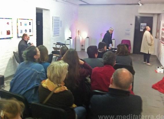 Rahmenprogramm mit Filmvorführung, Lyriklesung und Musik