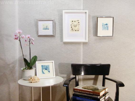 Chiemi Itoi, Japan, Wohnen mit Bildern, kleinformatige Katzenbilder