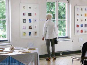 """Klein aber fein! """"Enter into Art""""-Ausstellung im Kulturbahnhof Bad Breisig"""