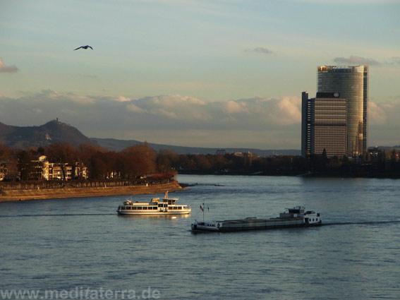 Heinrich Heine studierte in Bonn und schrieb über den Drachenfels