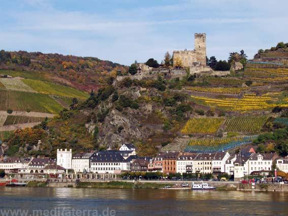 Geschwängert mit Poesie - Burgen am Rhein