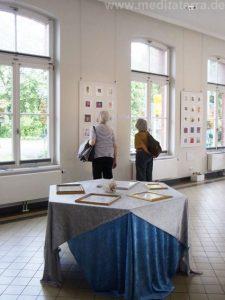 Ausstellung in Bad Breisig mit kleinformatigen Bildern und erlesenen Gedichten der Rheinromantik