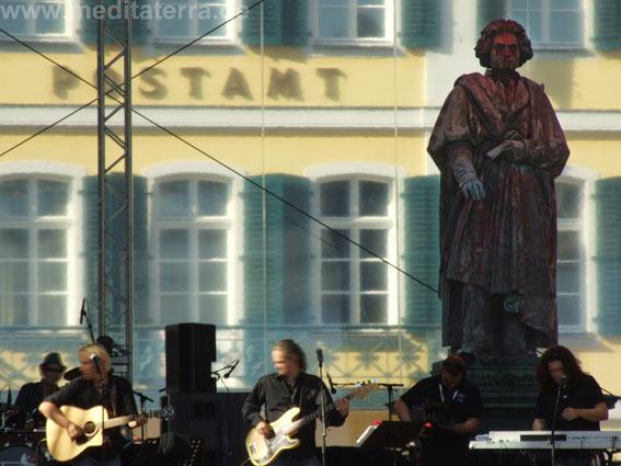 Konzert am Beethoven-Denkmal in Bonn