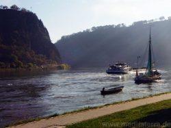 Lorey-Felsen am Rhein
