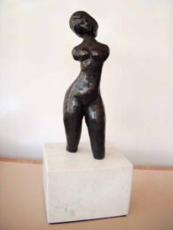 Betty Collier, Australia, Zooneetta, 2015, bronze on marble, 38 x 15 x 15 cm